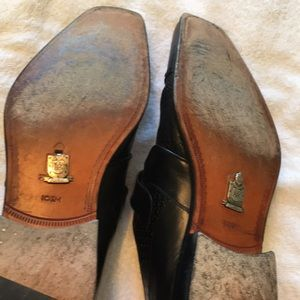 Mens dress shoes. Mezlan Custom. Great condition